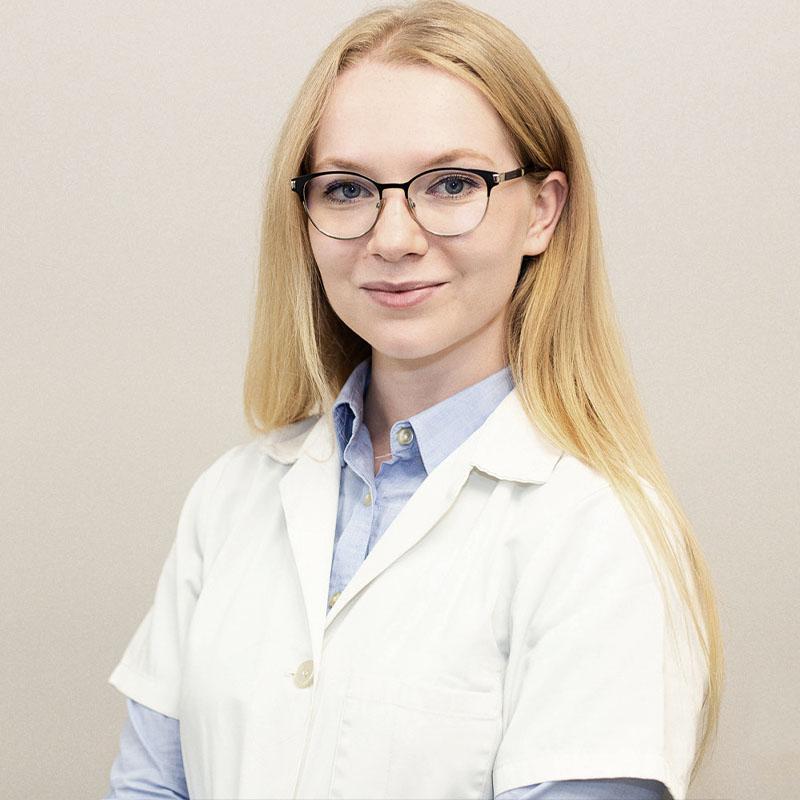 medic dermatologie dr Andreea Aron, clinica D6 Cluj
