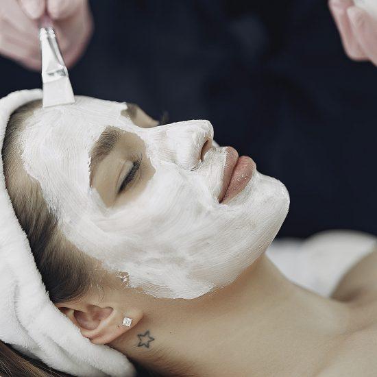 tratamente faciale infrumusetare microdermabraziune, clinica D6 Cluj
